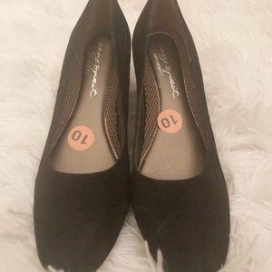 NEVER WORN! Easy Spirit Women's heels. Size 10